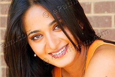 anushka-shetty-epathram