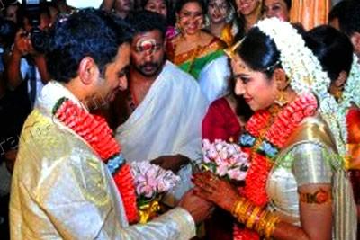samvritha-sunil-wedding-epathram