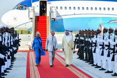 abu dhabi-visit-charles-prince-of wales-wife-camilla-ePathram