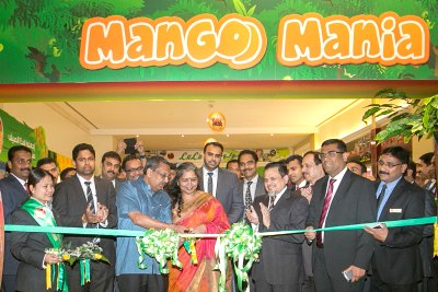 ambassador-seetharam-inuagurate-mango-mania-ePathram