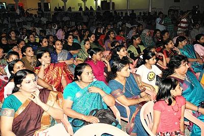 audience-shakthi-theatres-anniversary-ePathram