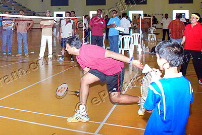 badminton-game-epathram