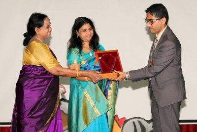 bhavans-anniversary-inaugurate-neeta-bhushan-ePathram