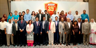br-shetty-in-uae-exchange-35th-anniversary-ePathram