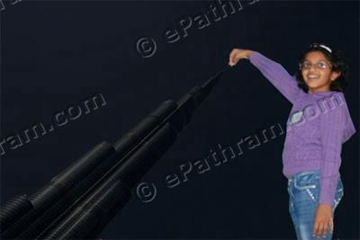 burj-khalifa-earth-hour-2011-epathram