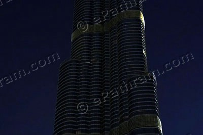 burj-khalifa-earth-hour-2013-epathram