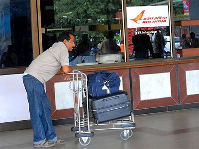 cancelled-flight-kerala-epathram