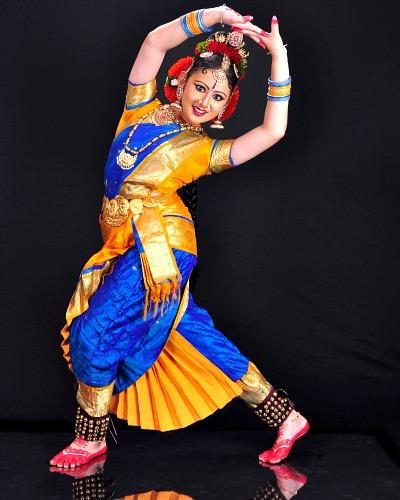 dancer-jonita-joseph-ePathram