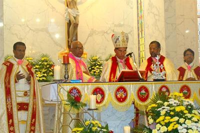 divyabali-st-michaels-church-ePathram