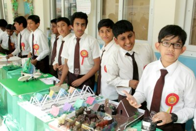 efia-expo-2013-emirates-future-academy-ePathram