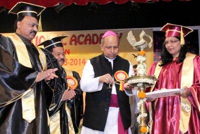 efia-graduation-2014-ePathram
