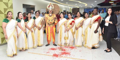 flooral-decoration-onam-2019-uae-exchange-ePathram