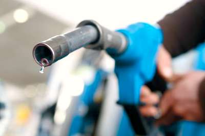 fuel-prices-deregulated-in-uae-ePathram