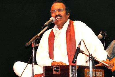 gazal-singer-umbayi-ePathram
