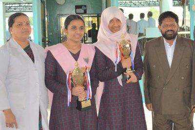 girls-sslc-winners-2013-abudhabi-model-school-ePathram