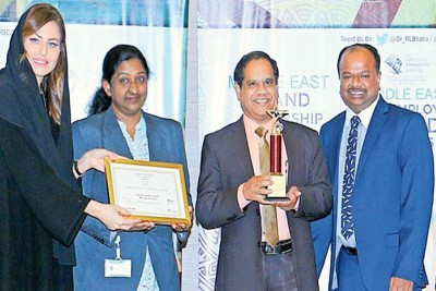 health-care-leader-ship-award-gets-ahalia-al-bustan-hospital-ePathram