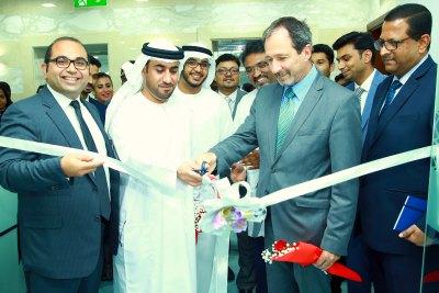 jamal-hussain-al-zaabi-inaugurate-universal-hospital-new-lab-ePathram
