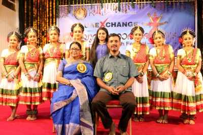 kalamandalam-kshemavathi-with-kala-youth-fest-winners-ePathram