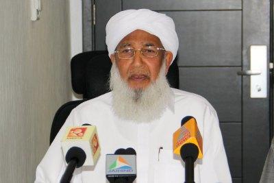 kantha-puram-aboobacker-musliyar-in-abudhabi-ePathram