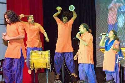 kerala-folklore-akademy-artist-ePathram