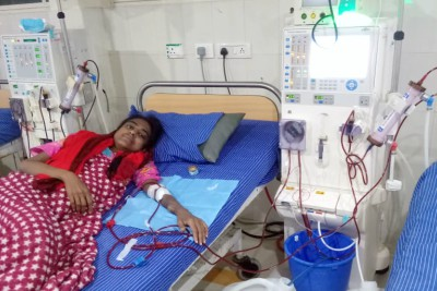 kidney-patient-shejeera-seeking-help-ePathram-help-desk