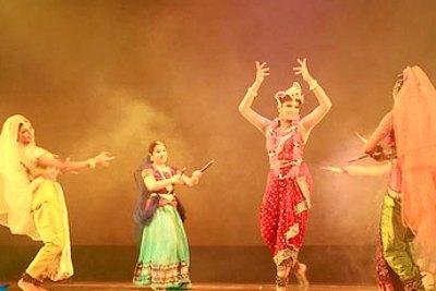 krishna-dance-by-shobhana-ePathram