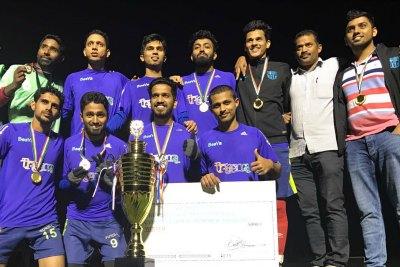 kurba-fc-dubai-winners-kmcc-tournament-ePathram