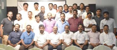 managing-committe-members-abu-dhabi-samskarika-vedhi-2018-ePathram