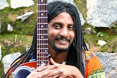musician-benny-prasad-ePathram