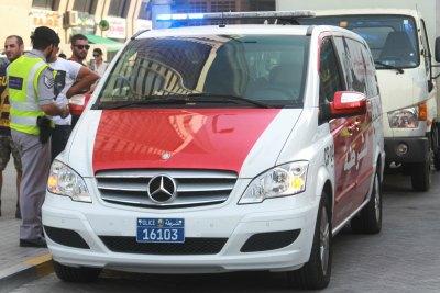 new-mersedez-van-for-abu-dhabi-police-ePathram