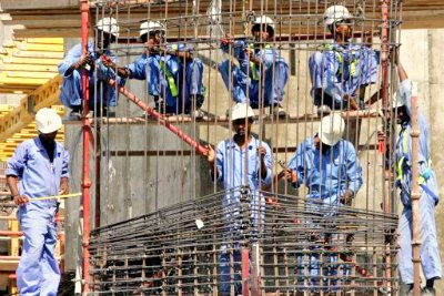 noon-break-of-labours-in-uae-ePathram