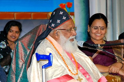 philpose-mar-chrysostom-in-samajam-2012-ePathram