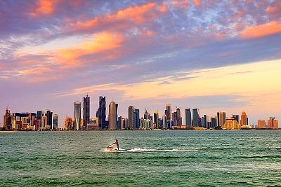 qatar-corniche-ePathram