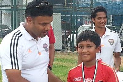rehan-keeprum-winner-of-football-ePathram