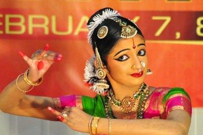samajam-kala-thilakam-2013-vrinda-mohan-in-bharatha-natyam-ePathram