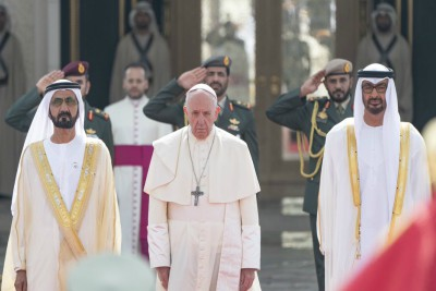 sheikh-muhammed-receive-pope-francis-ePathram