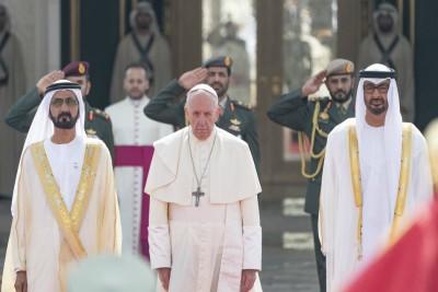 sheikh-muhammed-receive-pope-francis-ePathram