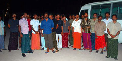 stranded-labourers-epathram