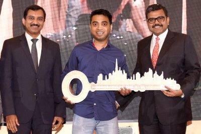 uae-exchange-win-a-home-in-dubai-winner-2017-ePathram