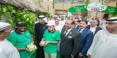 uae-minister-of-climate-control-and-environment-thani-al-zeyoudi-in-lulu-ePathram