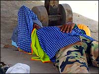 uae-worker-resting
