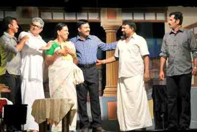 vakkam-jayalal-nakshathra-swapnam-drama-ePathram