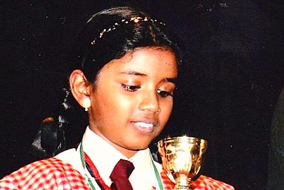 winner-of-spelling-bee-manaal-epathram
