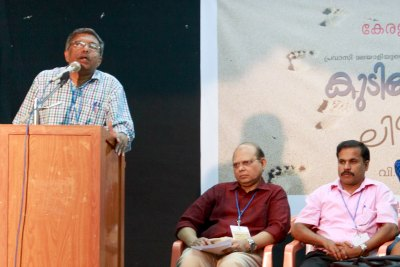 writer-v-musafar-ahmed-in-ksc-literary-program-ePathram
