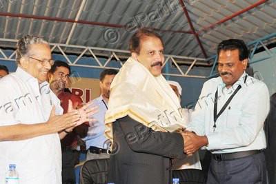 dr-azad-moopan-felicitated-epathram
