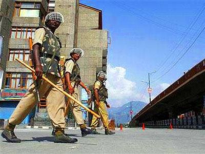kashmir-violence-curfew-epathram