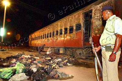 godhra-train-burning-epathram
