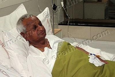 anna-hazare-hospital-epathram