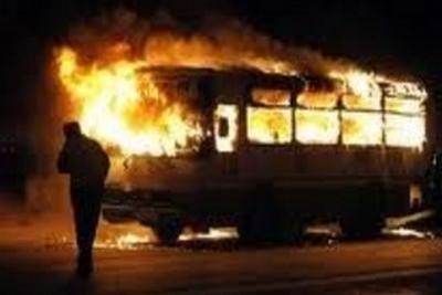 bus-caught-fire-epathram