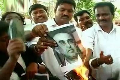 jayalalitha-arrest-protest-epathram